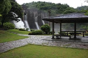 豊稔池ダム(国の重要文化財)