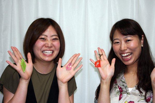 画像1: 大阪と岐阜のお友達が旅行の思い出に彫刻体験に来られました